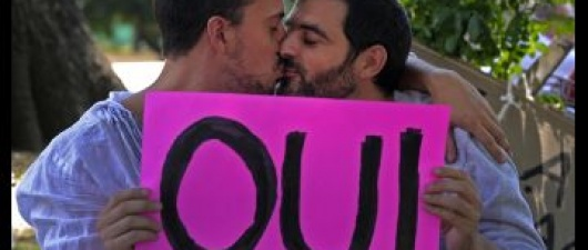 News Guyd: Gay Marriage Now Legal in France
