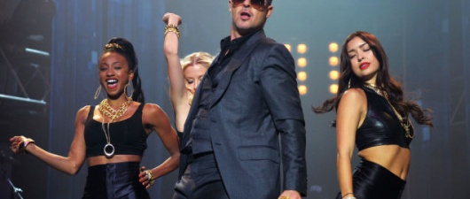 "Robin Thicke Was High When He Recorded ""Blurred Lines"""
