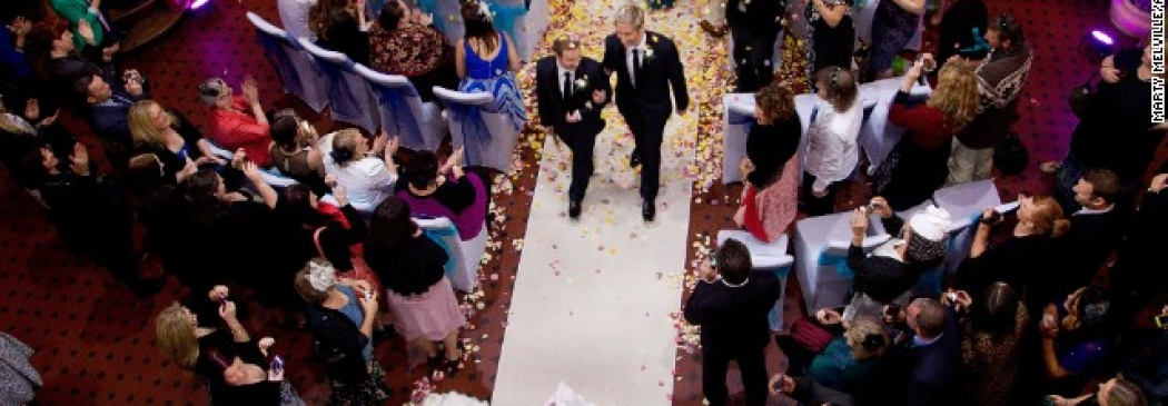 Gay Couples From Across The World Travel To New Zealand To Get Married