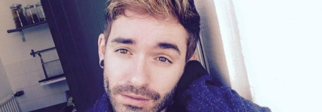 Gay Pop German Singer jumps to his death