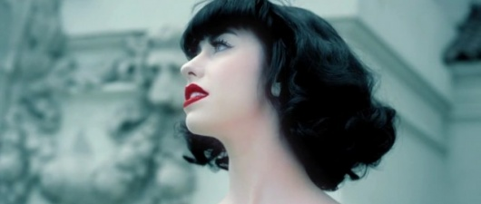 New Music Guyd: Kimbra Makes a Vow