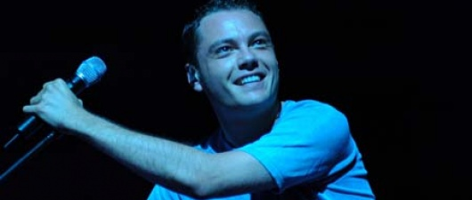 Openly Gay Italian Singer Tiziano Ferro Booms On YouTube