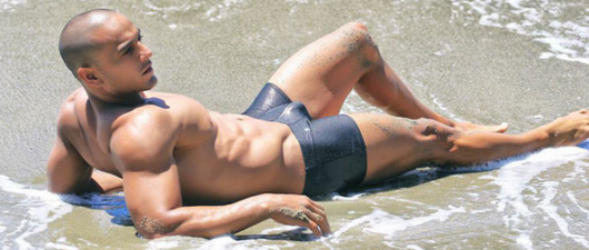 PICS: Gianmarco Dortenzio's 'Dazzling' Day At The Beach
