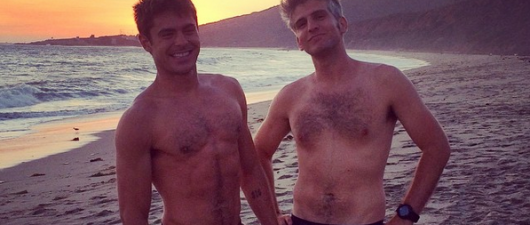 Zac Efron Shows Off His Marijuana Boxers And Body!